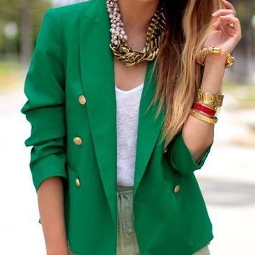 Психология зеленого цвета в одежде