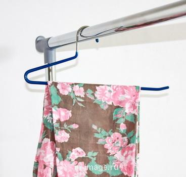 прорезиненная вешалка для брюк